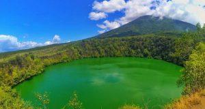 Info Budaya Danau Tolire