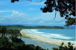 (Image saungnet) Info Budaya Pantai Sawarna wisata Alam dan Surga bagi pecinta surfing