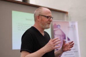 Info Budaya Seni pertunjukan Dramaturgi Petter Eckersall (Image Dewan Kesenian Jakarta)