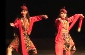 (Image Capture Youtube) Info budaya Bolet Pecinta Tari Ngremo