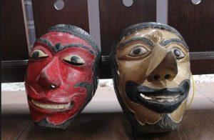 (Image beritabacacoid) Info budaya cirikhas pertunjukan Wayang Topeng Jatiduwur