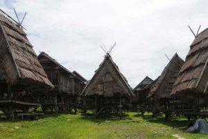 Uma-Lengge-Wawo-Rumah-Adat-Khas-Suku-Bima.