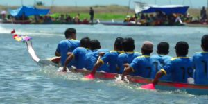 (Image Capture Youtube ) info budaya danau tempe  balapan perahu acara maccera tapparang