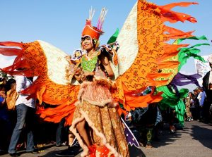 info budaya festival teluk palu Busana Kerasi
