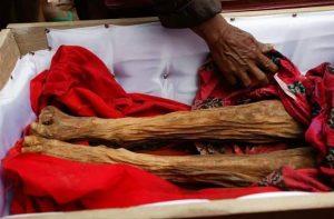 Image : selipancom info-budaya-ritual-manene-toraja