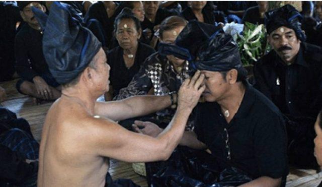 Info Budaya Indonesia Kepercayaan Ammatoa (Image : makassartoday com)
