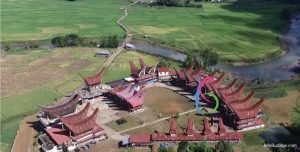 Info Budaya objek wisata museum rambu solo negandeng