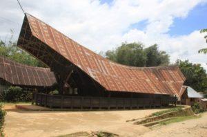 Rumah adat suku mamasa (Image : goodnewsfromindonesia id)