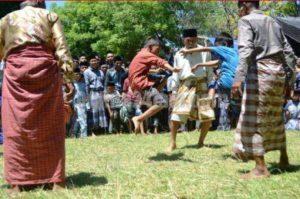 info budaya Indonesia Kepercayaan Toani Tolotang (Image : online24jam com)