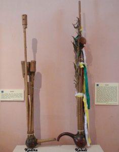 Info Budaya alat musik tradisonal Dayak Keledik (Image : rumahulin com)