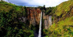 Info budaya Air Terjun Sigura Gura (image : twisata com)