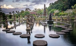 infobudaya wisata budaya bali Istana Tirta Gangga (Image : baliaround com)